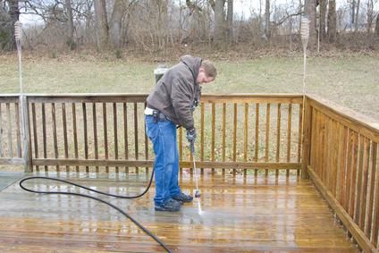 pressure washing wood decks